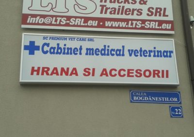 Caseta luminoasa cabinet veterinar